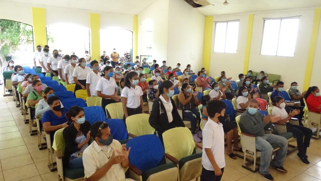 Loto becó a 12 nuevos estudiantes del Centro Domingo Savio