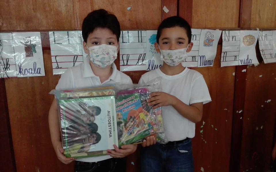 Fortalecemos la alfabetización con la lectura en familia